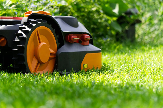 Mähroboter Garten Rasen